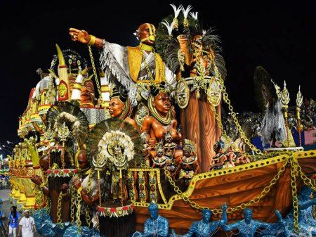 Carnaval paulista: cultura africana e escracho contra a corrupção