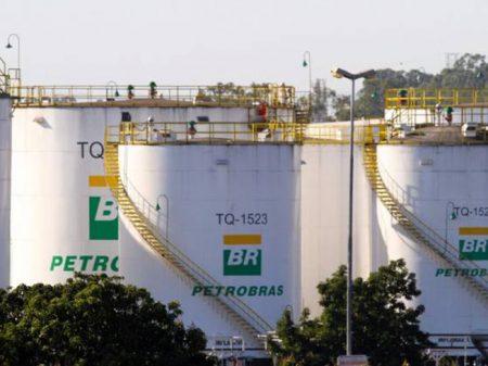 Aepet denuncia política de preço do combustível