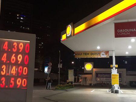 Parente especula com gasolina e preço sobe de novo