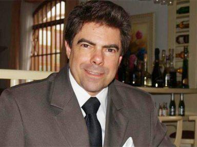 """Grandes grupos dominam os contratos públicos"", denuncia jurista Léo Alves"