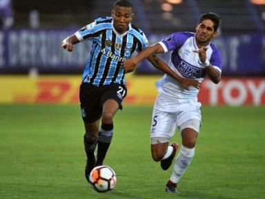 Libertadores: Grêmio empata e Cruzeiro perde na estreia
