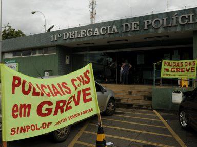 Policiais do DF fazem greve por reajuste nos salários e contratações