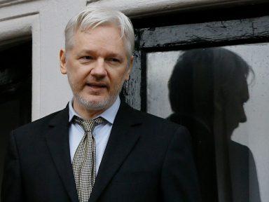 Tribunal inglês mantém ordem de prisão ilegal contra Assange