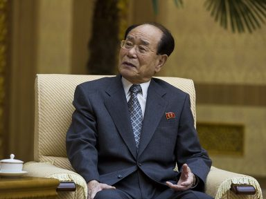 Kim Yong Nam chefia delegação da Coreia Popular à Olimpíada