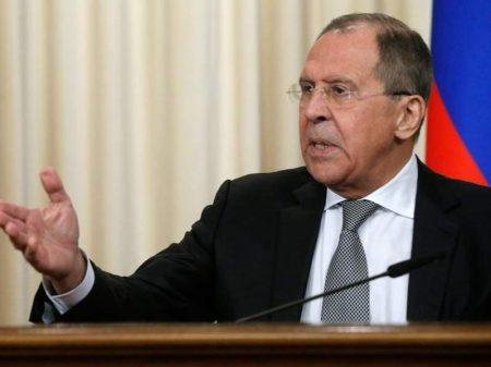 Rússia manda 60 diplomatas de volta aos EUA