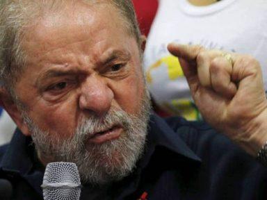 """Lula pede para que a polícia dê """"um corretivo"""" em manifestante"""