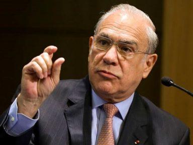 OCDE insiste em aposentadoria menor que salário mínimo no Brasil