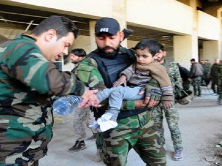 Governo sírio recebe 70 mil civis de Guta em locais seguros