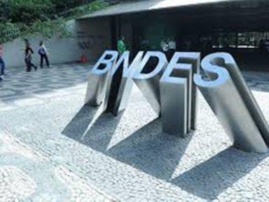 Governo impõe encolhimento a BNDES