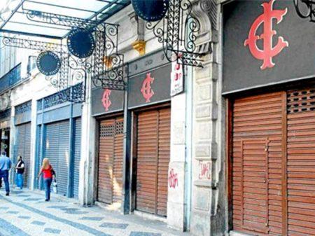 Rio: mais de 21 mil lojas fecham as portas em 2017
