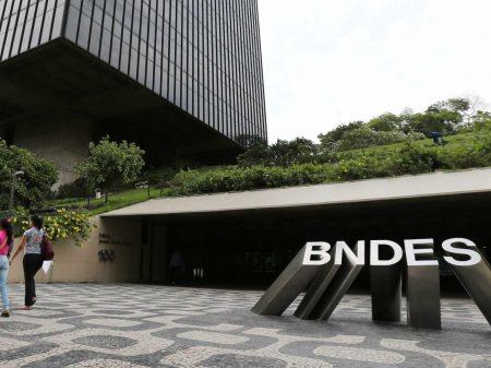Investimentos do BNDES desabam 18% em janeiro