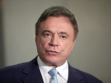 """""""O foro privilegiado é uma excrescência"""", diz Álvaro Dias"""