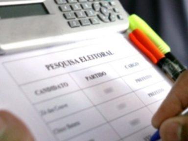Segundo a CNT, 54,2% não votariam em um candidato apoiado por Lula