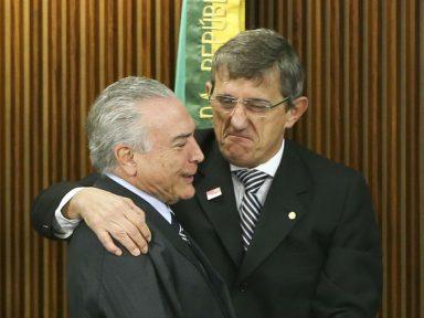 Comparsa de Temer ataca o ministro Luís Barroso