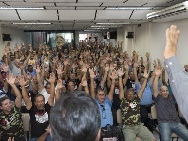 CNI divulga cartilha para orientar arrocho nas campanhas salariais