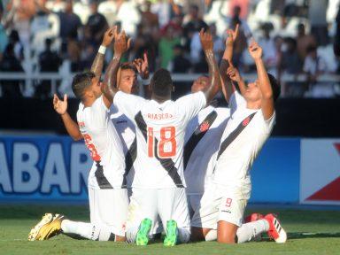 Vasco, Flamengo, Botafogo e Fluminense nas semifinais da Taça Rio