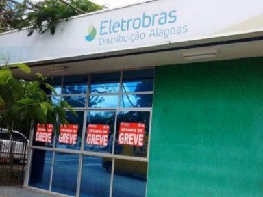 Contra privatização, funcionários da Eletrobrás entram em greve em AL
