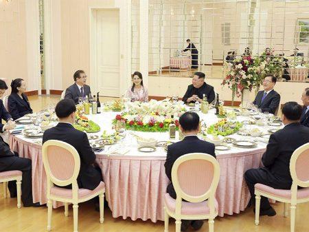 Pyongyang e Seul marcam para abril  a cúpula pela reconciliação