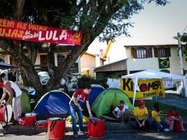 Aumenta a tensão no acampamento lulista