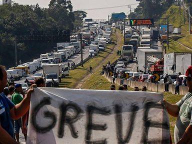 Redução do preço do diesel melhora a situação da Petrobrás