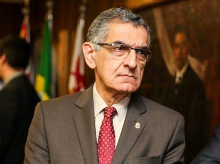 Reitor pede esclarecimento sobre ação policial dentro USP