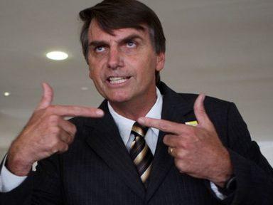 Bolsonaro diz que é um ignorante em economia e que problema social se resolve com chumbo