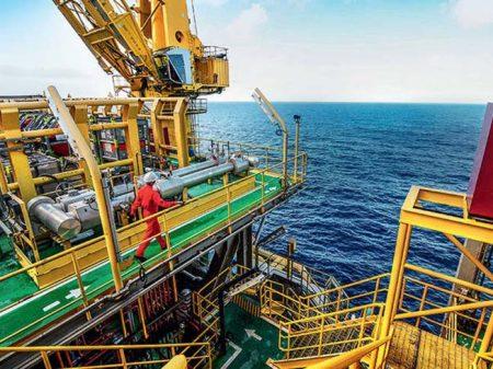 Governo prepara mega-roubo de petróleo no filé do pré-sal