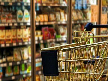 Vendas nos supermercados caem 1,8% em março