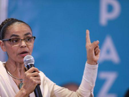 """""""Em outubro, o povo demitirá quem roubou seu dinheiro e sua esperança"""", diz Marina"""