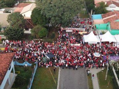 Vítimas de acampamento lulista pedem providências urgentes
