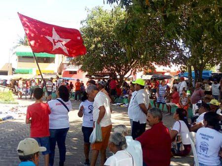 Atos da pré-candidatura de Lula fracassam