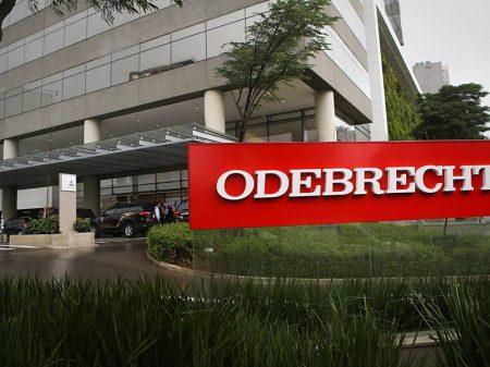 Operador devolve US$ 7,2 milhões e confirma suborno de US$ 40 milhões para o PMDB