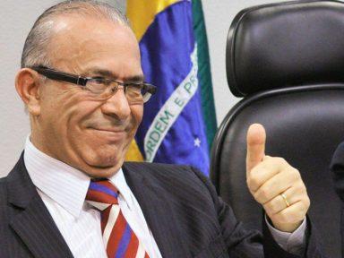 PF intima assessor que intermediou R$ 1 milhão de propina para Angorá