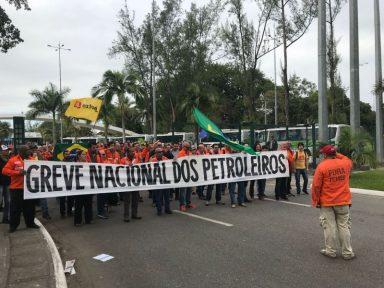 Petroleiros denunciam privatização e política de preços de Parente