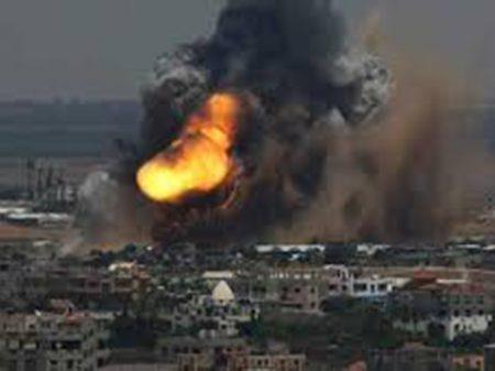 Israel bombardeia Gaza e ameaça 'invadir e destruir suas cidades'