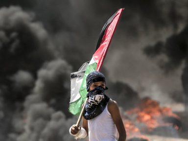 """Pai de Yasen: """"amanhã estarei no lugar dele na cerca que aprisiona Gaza"""""""