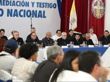Nicarágua abre diálogo nacional em busca de saída para a crise