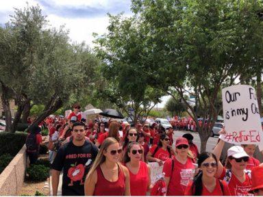 EUA: professores do Arizona em greve por salário e verba para o ensino público