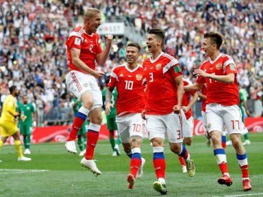 Copa do Mundo inicia com goleada da Rússia sobre Arábia Saudita