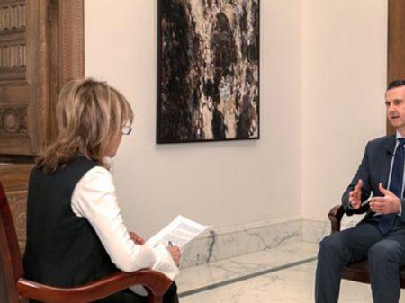 """Assad: """"Síria vence agressão dos EUA e  satélites graças à união povo-governo"""""""