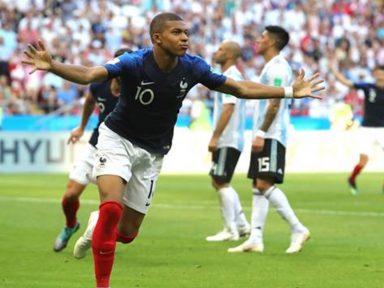 Juventude francesa se impõe e elimina a Argentina de Messi