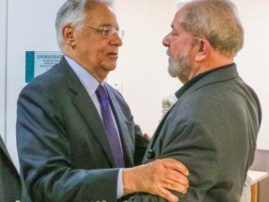 Lula pede socorro a FH, que prefere guardar distância