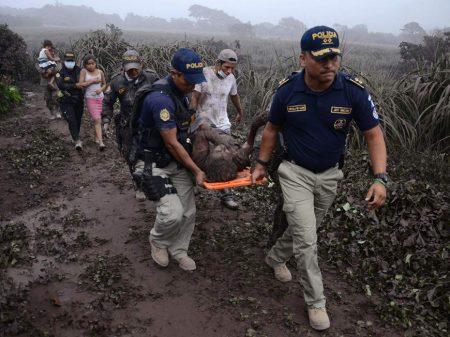 Governo guatemalteco ignorou alertas de erupção do vulcão: 110 mortos e 200 desaparecidos