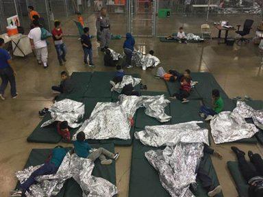 Sob pressão, Trump diz que vai prender famílias sem separá-las