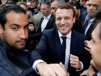 Macron é forçado a demitir seu guarda-costas espancador de manifestantes