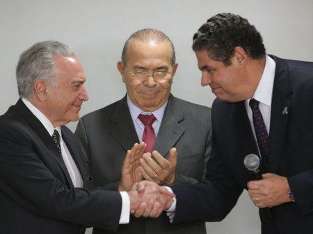 Temer repete Lula e Dilma e dá R$ 1,5 bilhão ao ano de isenção para as montadoras, por 15 anos