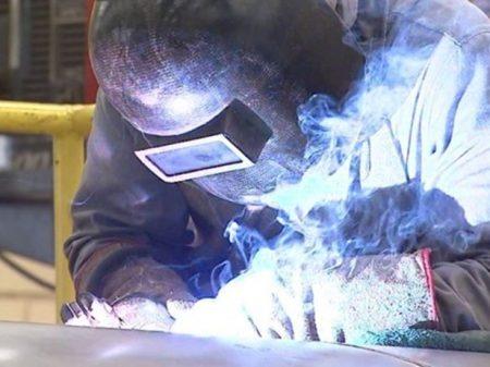 Queda da produção industrial é generalizada