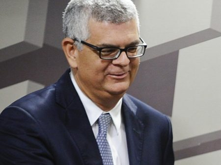 Monteiro defende preço abusivo dos combustíveis