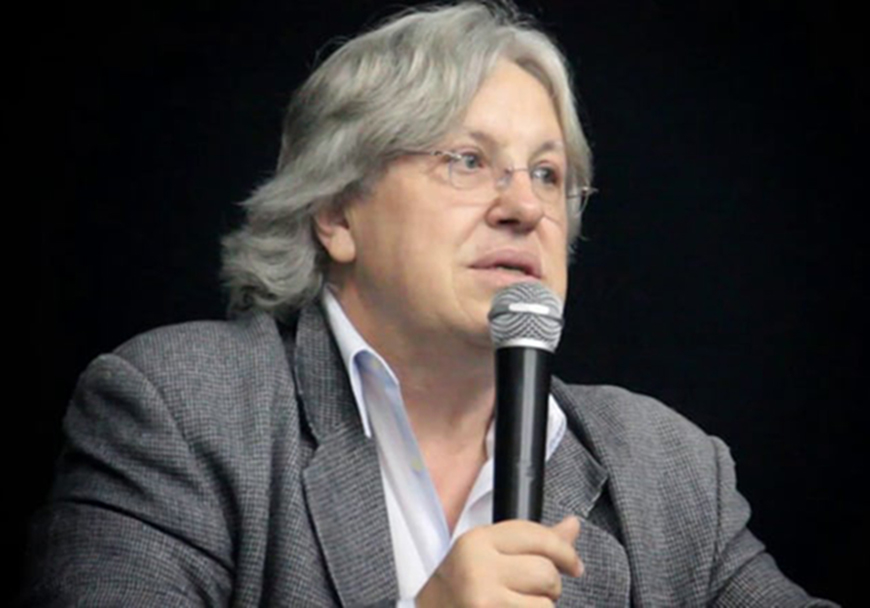 Resultado de imagem para 'Estão privatizando a Petrobras e ninguém vê', afirma Ildo Sauer