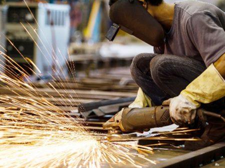 Atividade da indústria paulista cai 10,2% em maio